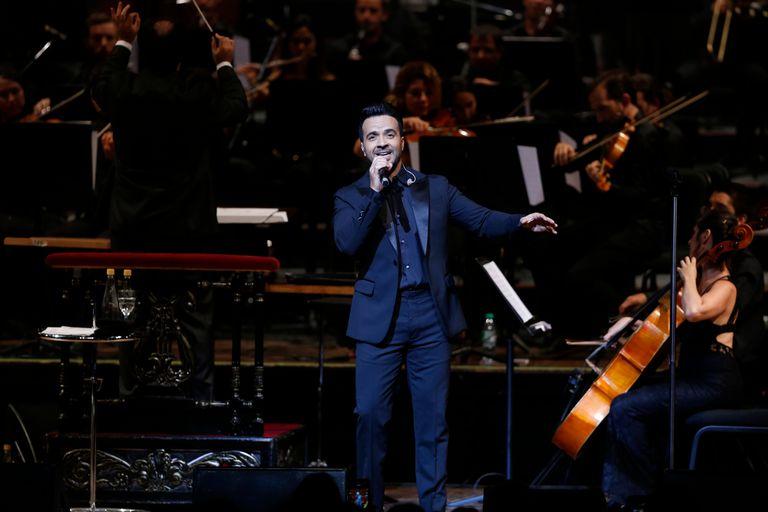 "Con ""Despacito"" como insignia, Luis Fonsi puso a vibrar al Teatro Colón"