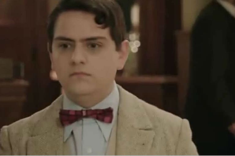 Mariano Saborido como Paco Jamandreu