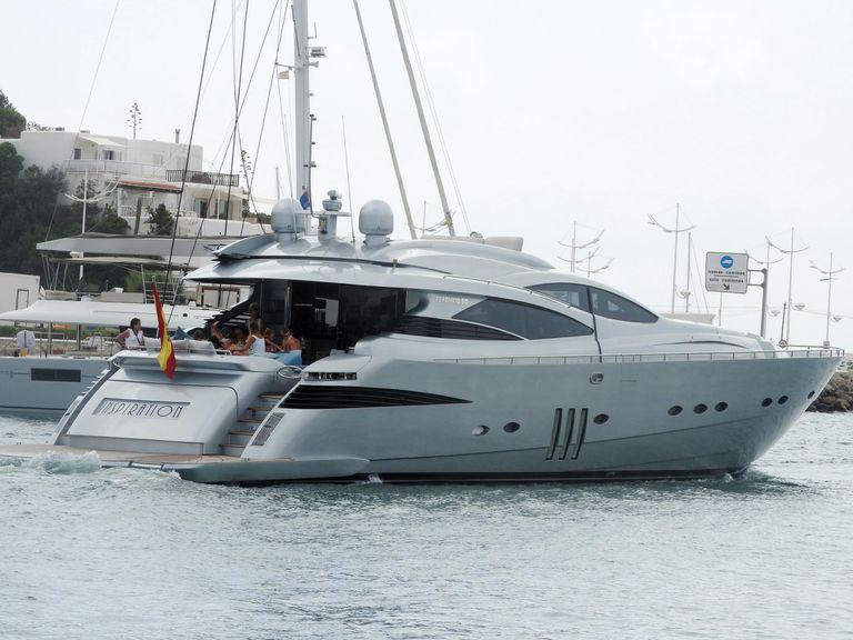 El lujoso yatch Inspiration, modelo Pershing 90, es uno de los más distinguidos del astillero italiano, de 27,4 metros de eslora