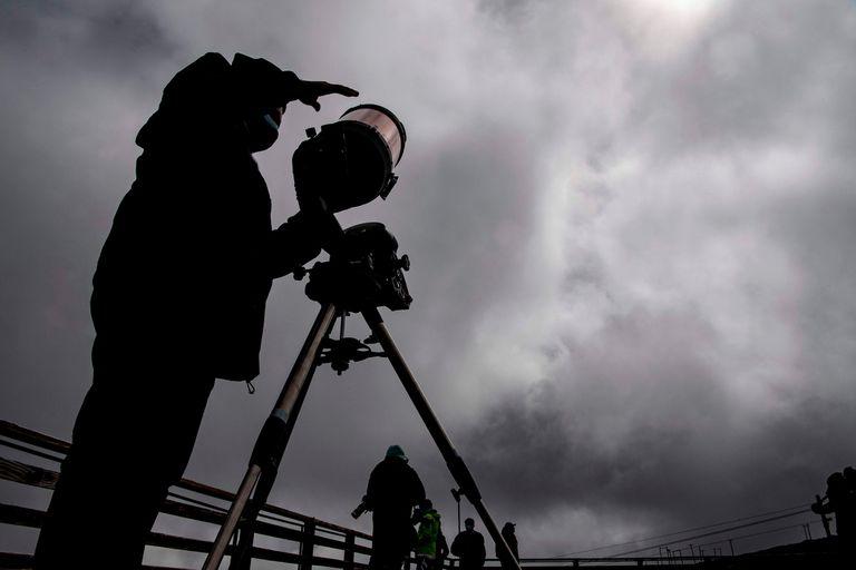 Los especialistas revelan cómo ver mejor el eclipse solar