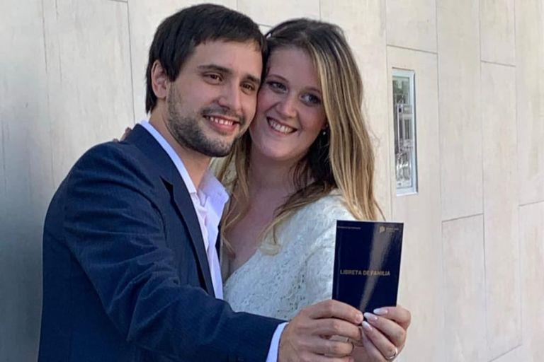 Se conocieron en la aplicación de juegos Preguntados, se casaron y tuvieron una hija