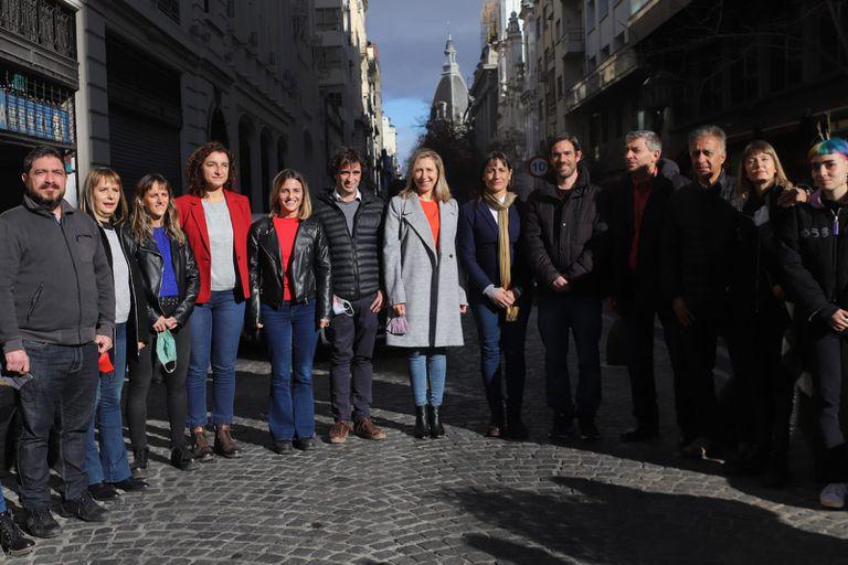 El Frente de Izquierda-Unidad marcó sus diferencias con el kirchnerismo, JxC y los liberales