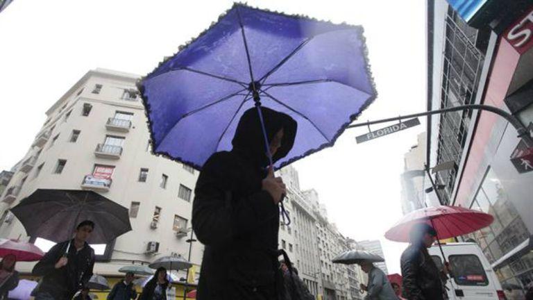 Alerta por lluvias intensas en la Capital y el conurbano