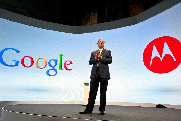 Eric Schmidt, de Google, durante la presentación