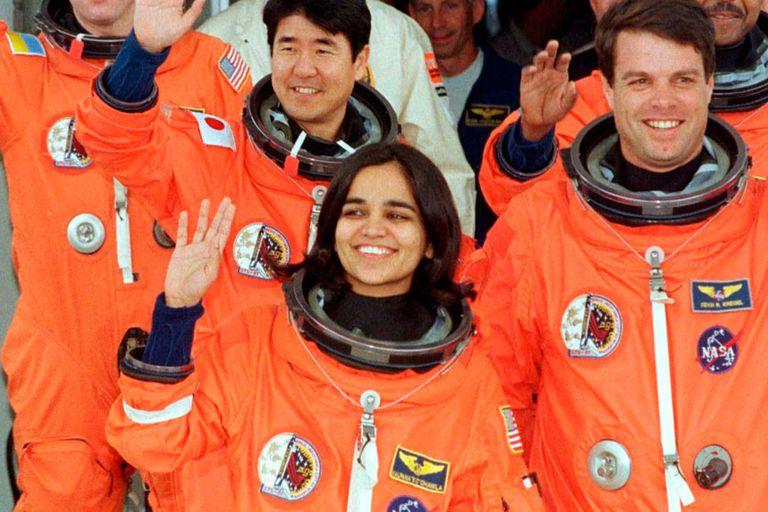 La explosión del transbordador Columbia provocó la muerte de siete astronautas en el año 2003