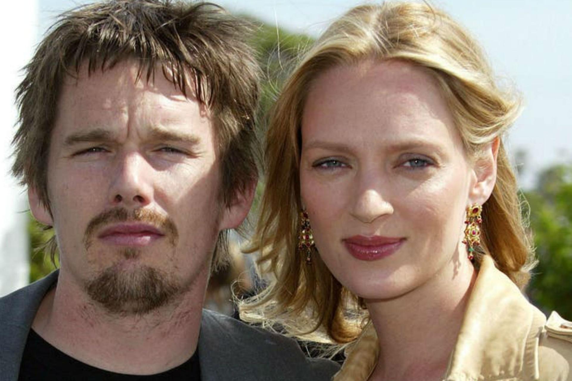 En mayo de 1998, la pareja oficializó su relación