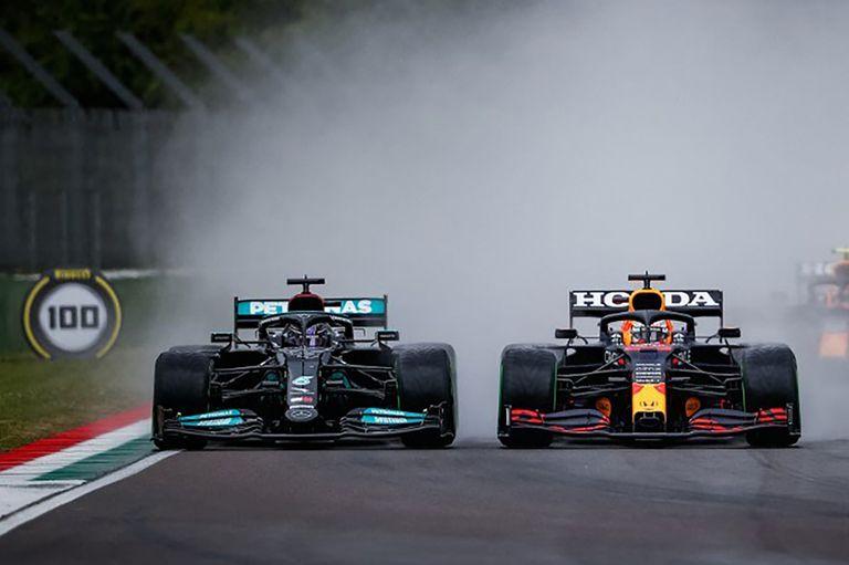 Verstappen estalló contra Mercedes y Hamilton; que salió a responderle