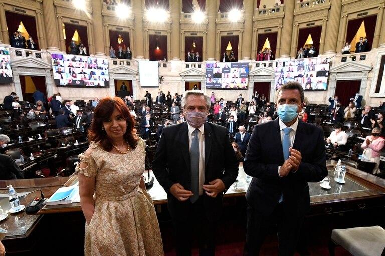 Cristina Fernández de Kirchner, Alberto Fernández y Sergio Massa en Congreso de la Nación por la apertura de las sesiones ordinarias 2021