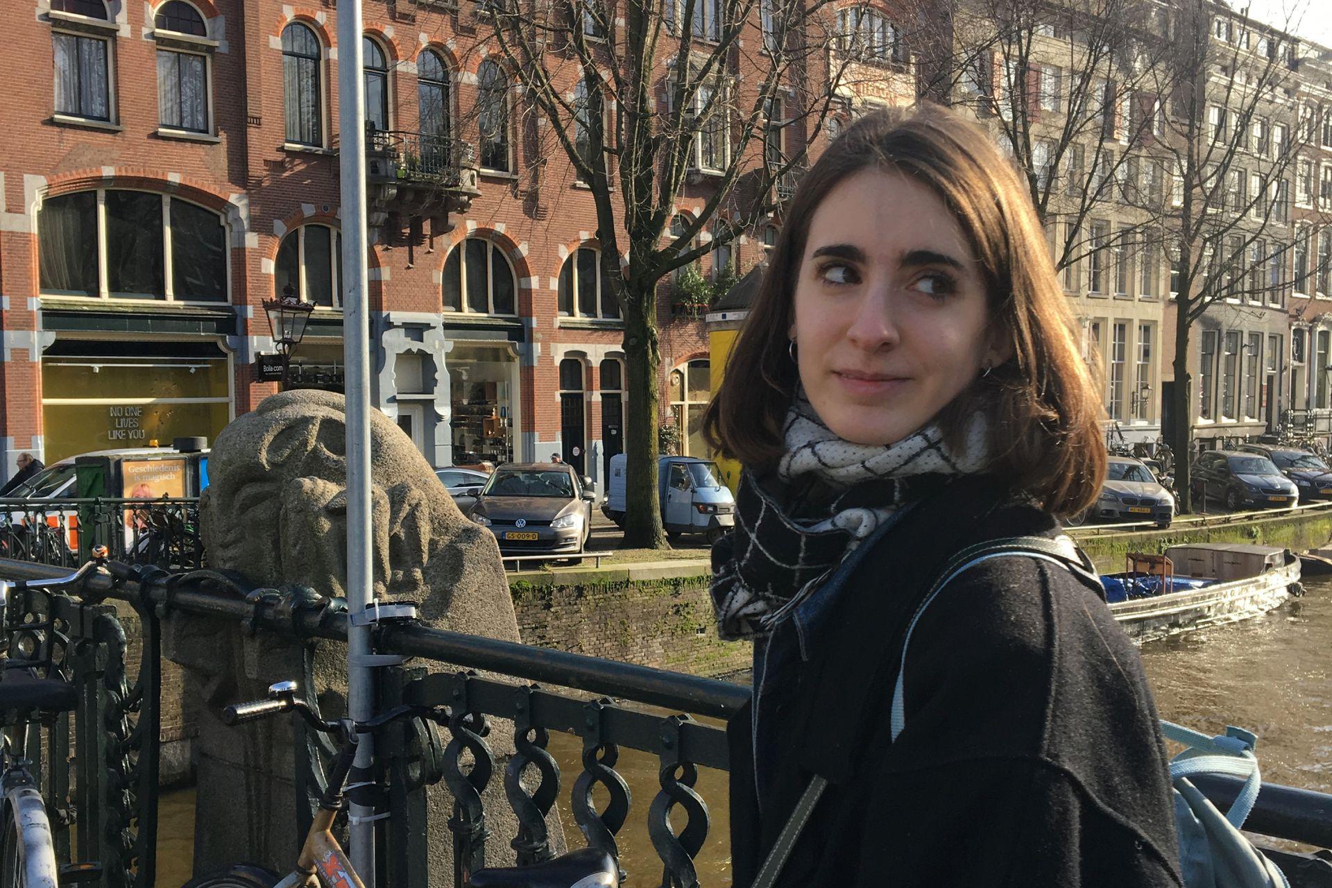 María en Bélgica.