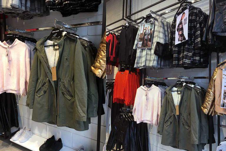 Bamba y Simona, con mucha variedad de prendas y modelos.