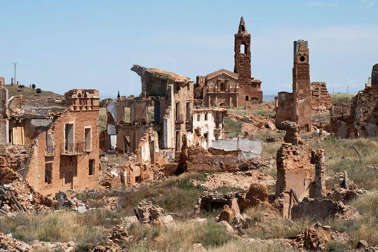 Belchite, uno de los pueblos malditos más famosos de España