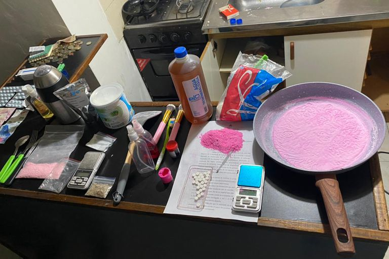 La cocina de cocaína rosa fue descubierto en Mataderos
