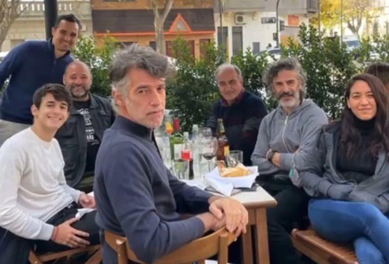 Las aventuras de Leo Sbaraglia y el actor de Merlí por Buenos Aires