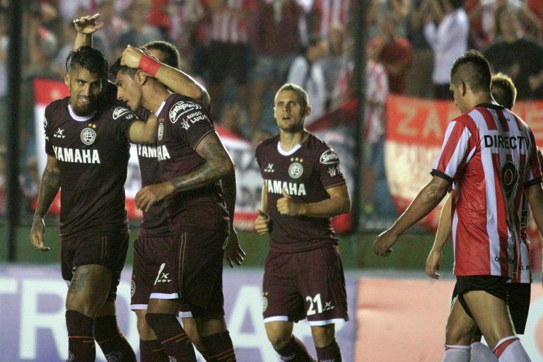 Román convirtió el gol del triunfo ante su ex club