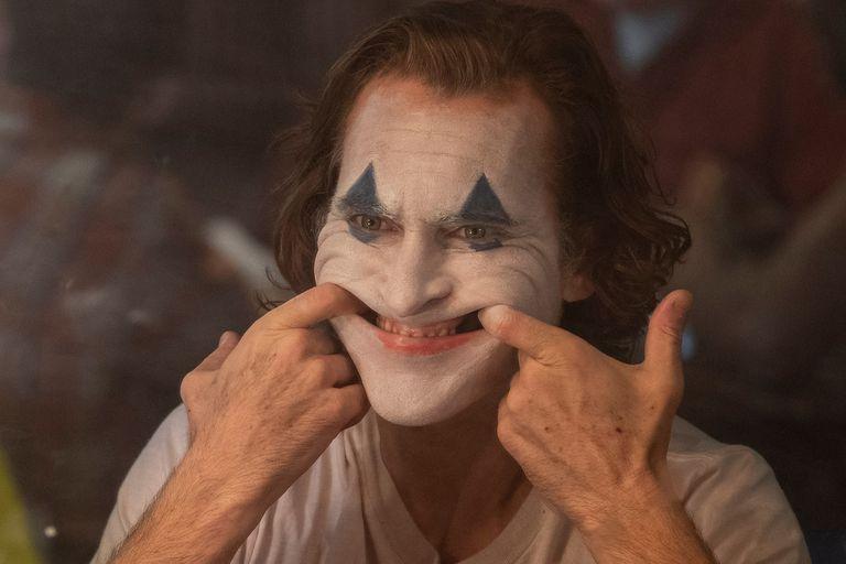Guasón: cuál es la enfermedad detrás de la risa del villano de la película