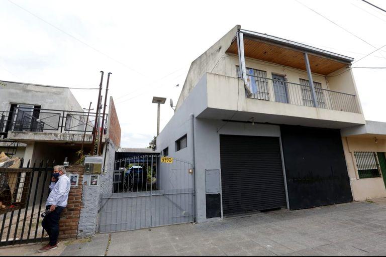 El cuerpo fue enterrado en una casa ubicada en Pérez Quintana al 3300, de Ituzaingó