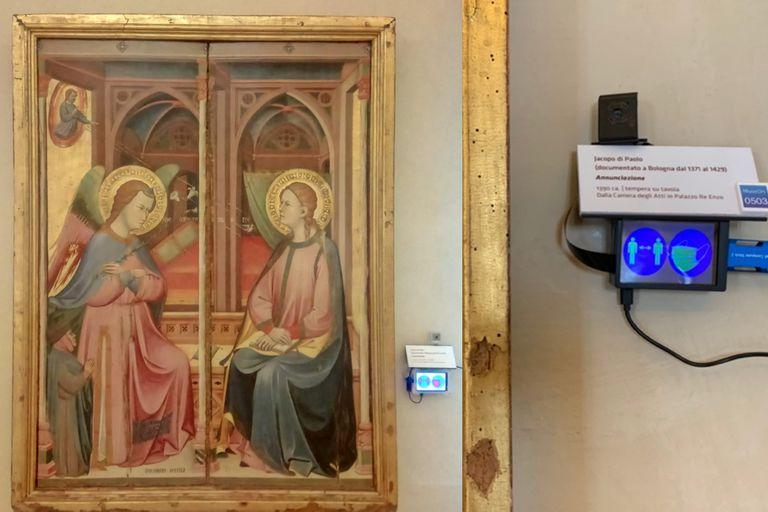 Un dispositivo ubicado junto a la obra de arte permite capturar información del comportamiento de los visitantes