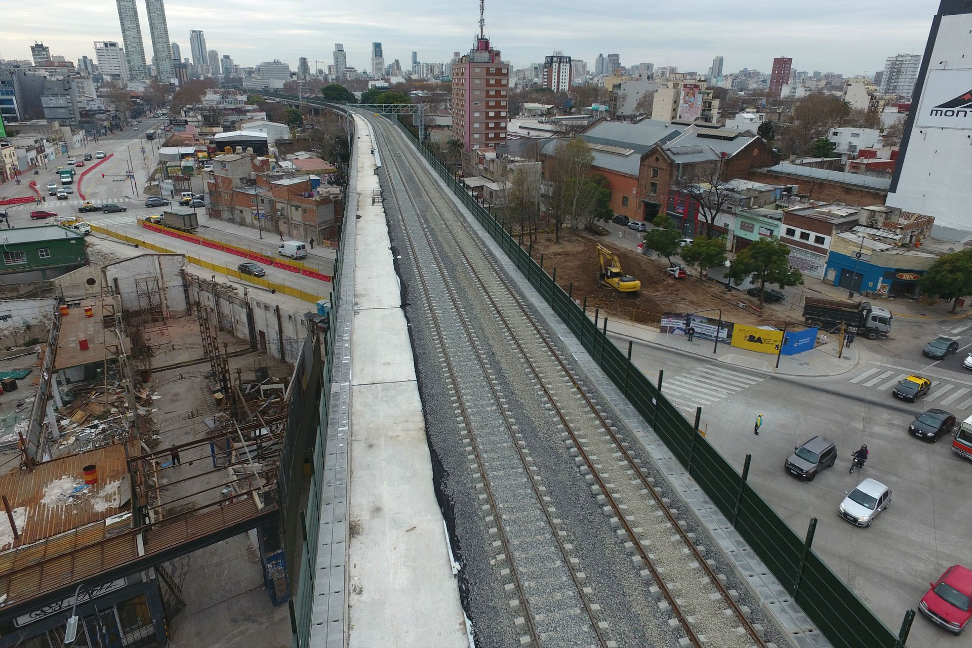 El viaducto conecta a los barrios