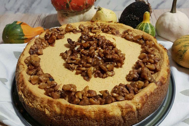 Cheesecake de calabaza y nueces acarameladas