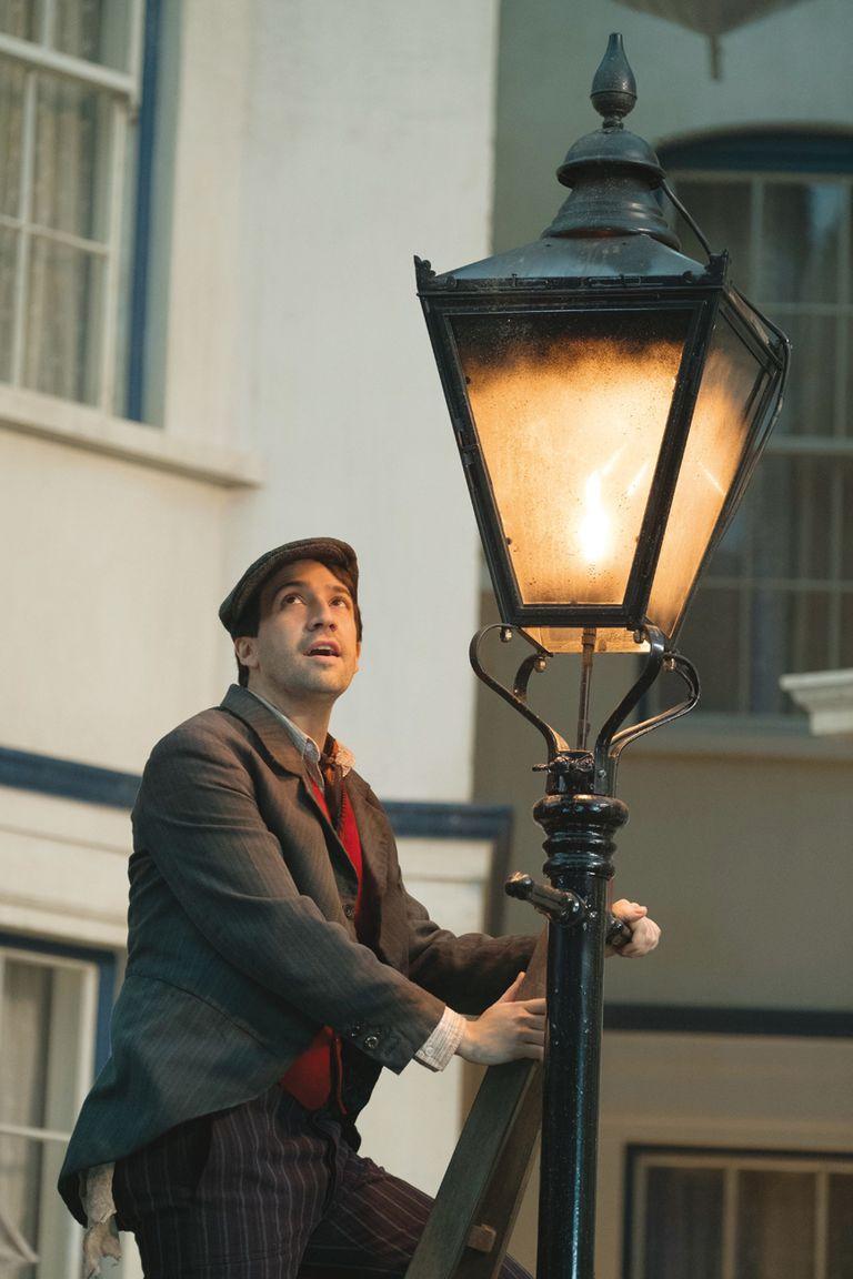 Lin-Manuel Miranda, figura de Broadway, es el nuevo deshollinador