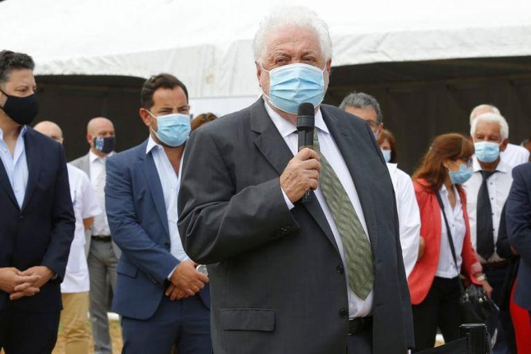 González García, desde el Hospital Posadas