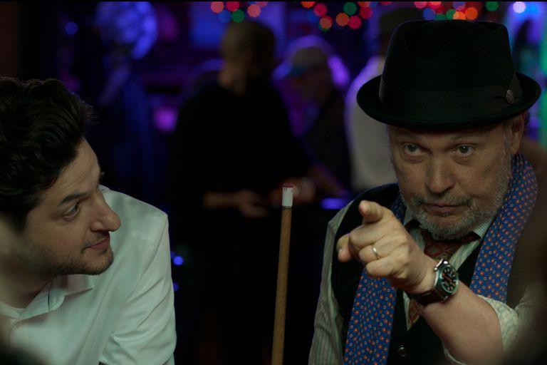 Billy Crystal y una melancólica comedia que celebra la amistad
