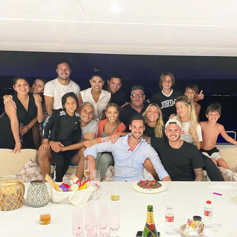 Las familias Navas, Icardi y Rico González de vacaciones en un yate. Crédito: Instagram