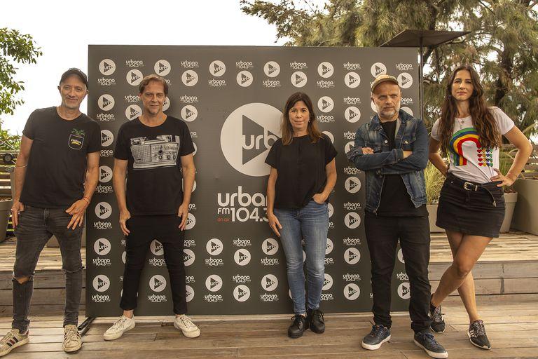 Andy Kusnetzoff junto a Matías Martin, María O'Donnell, Sebastián Wainraich y Julieta Pink, en la presentación de Urbana Play