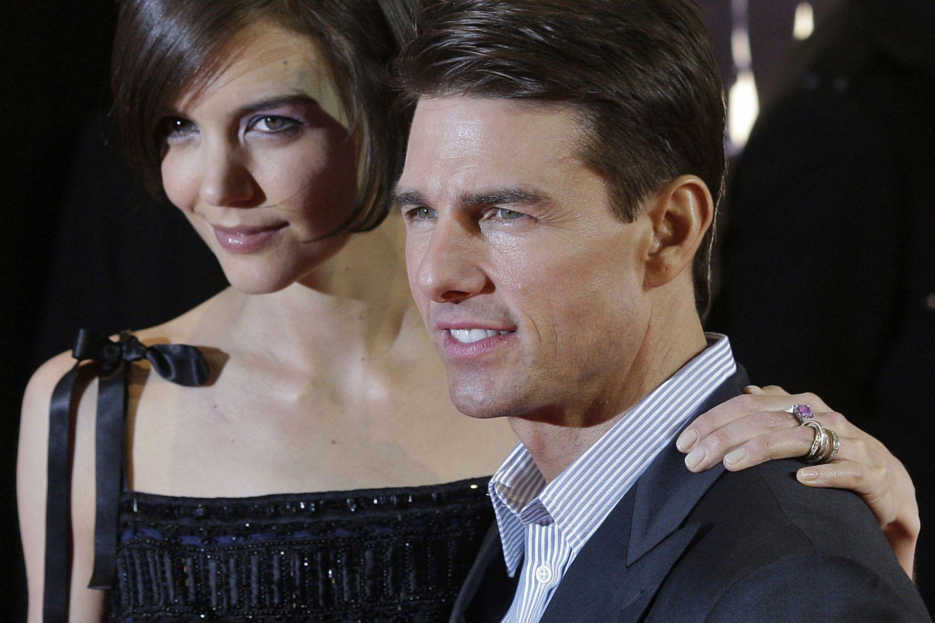 Katie le pidió el divorcio a Cruise en junio de 2012