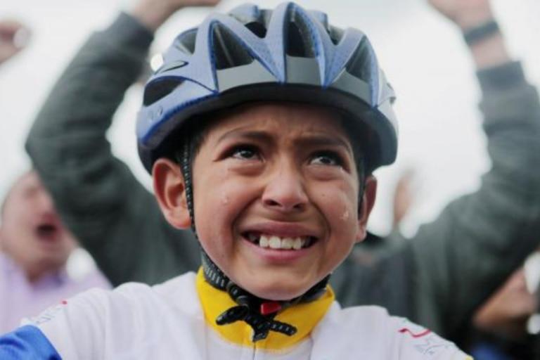 El trágico final de Julián Gómez, el niño de 13 años que lloró cuando Egan Bernal ganó el Tour de Francia