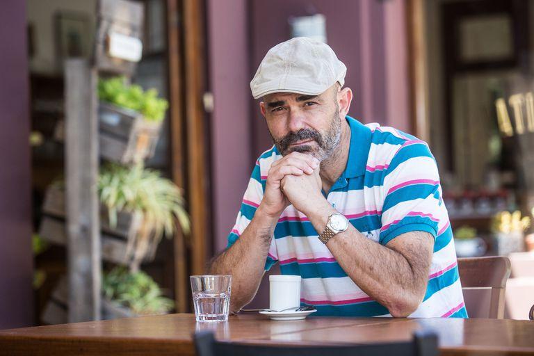Sacheri: Maradona, la idolatría, el 38-38, VAR y las novelas que llegan al cine
