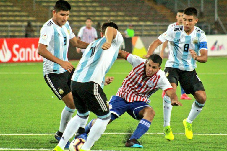 Sudamericano Sub 17. La Argentina empató con Paraguay y definirá frente a Brasil