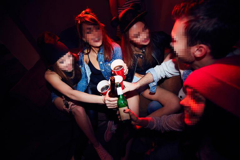 La celebración despierta polémica y preocupación por el consumo de alcohol y el estado en el que algunos chicos llegan a la escuela