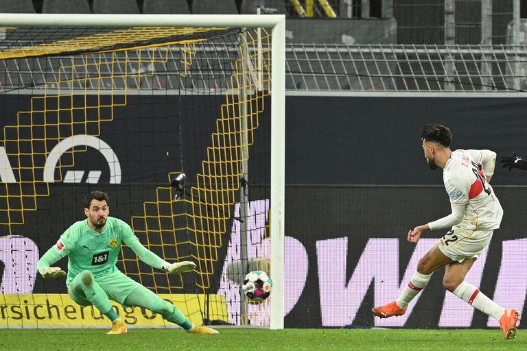 Gol de Nicolas González para Stuttgart.
