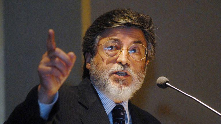 El ex titular de la AFIP, Alberto Abad, recibió la misiva de la OA
