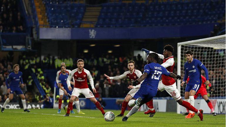Chelsea estuvo irresoluto ante Arsenal