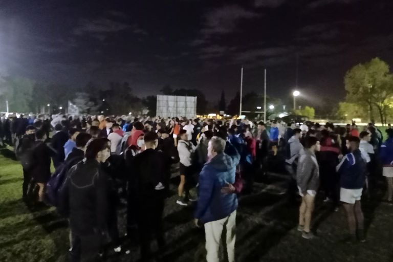 La noche en la que el rugby acompañó a sus hermanos de Hurling y recordó a Lucas Pierazzoli