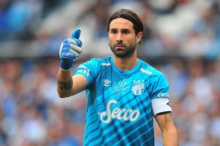Cristian Lucchetti, con 41 años, es el jugador de mayor edad de la Superliga.