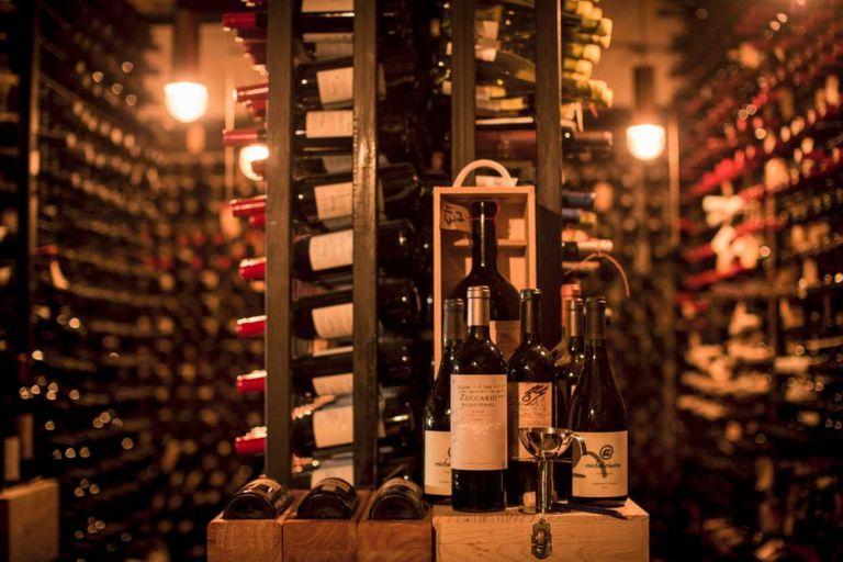 De $400 a $122.000: así es la carta de vinos de Don Julio, el mejor del país