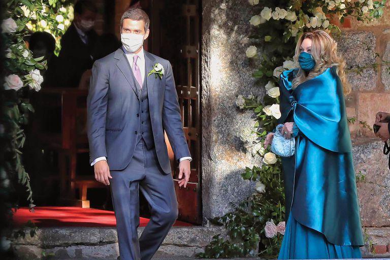 Luigi y Federica están juntos desde hace nueve años y viven en la primera casa que tuvieron Silvio Berlusconi y su entonces mujer, Verónica Lario, sobre Via Rovani