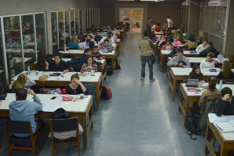 Por qué en Medicina de la Universidad de Córdoba se reciben más rápido