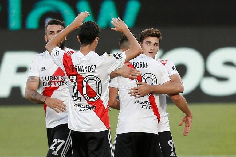 El festejo de gol de River Plate contra Argentinos Juniors.