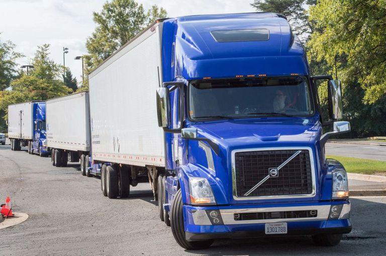 Los camiones semiautomáticos son considerados más ecológicos y rentables que los camiones regulares.