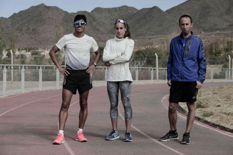 Cano (marcha), Casetta (3000 metros con obstáculos) y Mastromarino (maratón), los tres atletas mundialistas que eligieron Cachi para su preparación