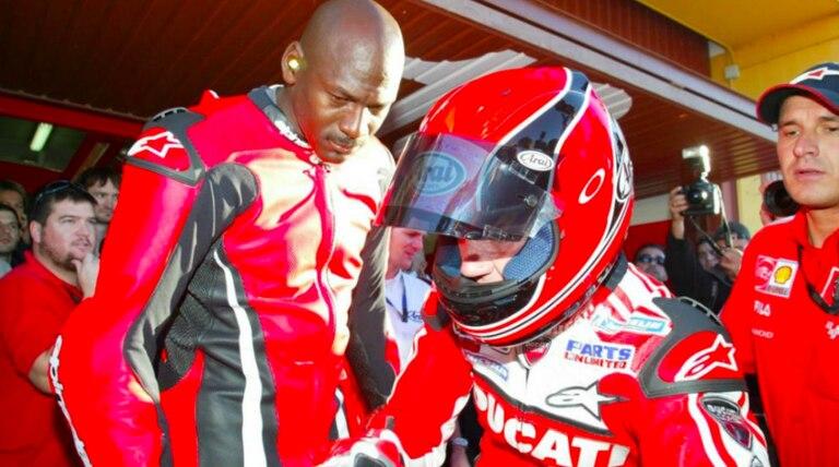 Michael Jordan, piloto de Moto GP: tres vueltas inolvidables