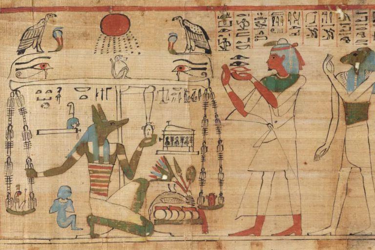 Lograron reunir dos piezas de la envoltura de una momia de 2300 años de antigüedad y revelaron que estaba cubierta con jeroglíficos del Libro de los Muertos
