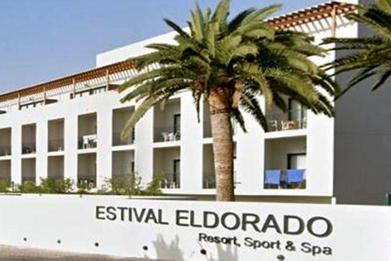 Un joven de 17 años le arrancó los ojos a un empleado del Hotel Estival Eldorado, en Tarragona España