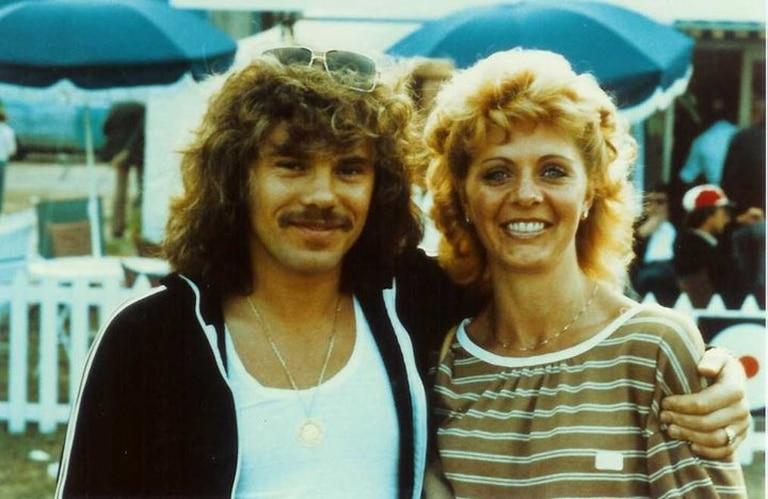 Alan junto a su esposa Dayle Lancaster