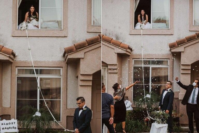 """Como """"Romeo y Julieta"""": los novios no dudaron y organizaron una ceremonia de casamiento con distanciamiento social"""