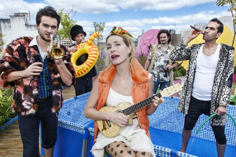 Coronados de Gloria, la banda de Gloria Carrá